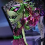 Monster-High-and-Ever-After-High-Toy-Fair-12