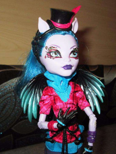 Кукла Авиа Троттер из Монстер Хай: фото, видео и биография ...: http://monster-high-club.ru/dolls/avia-trotter/